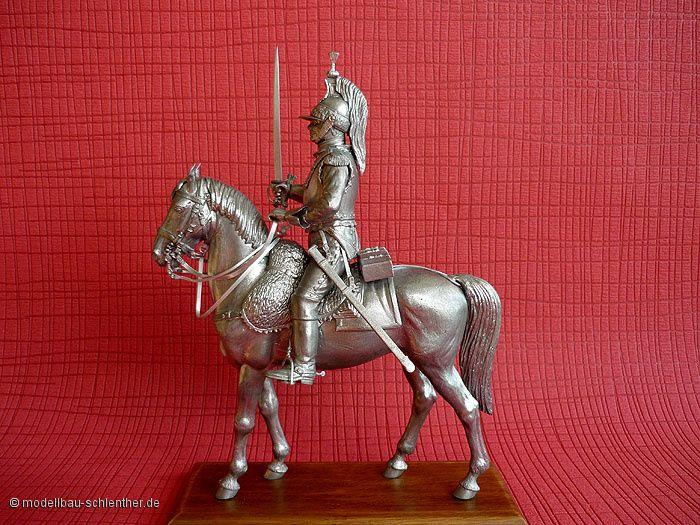 Französischer Musketier<br><i>Maßstab: 1 : 16<br>Bestehend aus ca. 50 Einzelteilen</i><br>Original Plastikmodellbausatz von MiniArt