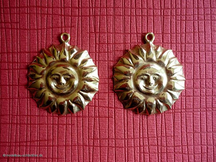 """Anhänger """"Sonne"""" , Durchmesser 6 cm, Messing"""